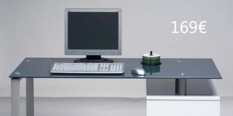 Decoración Tablero + caballetes; la mesa más improvisada y atractiva