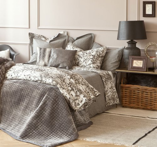 ropa de cama de zara home oto o invierno 2014 2015. Black Bedroom Furniture Sets. Home Design Ideas