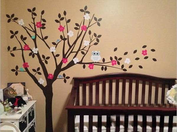 habitacion-de-bebe-con-vinilos-decorativos
