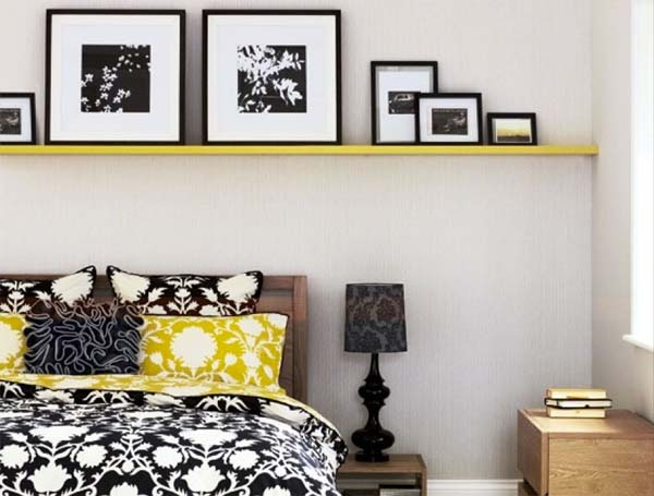 decoracion-con-estanterias-sobre-la-cama