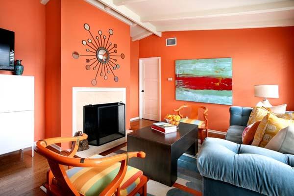 salon-pintado-de-color-naranja