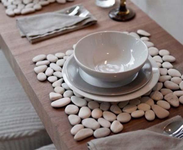mantel-individual-creado-con-piedras