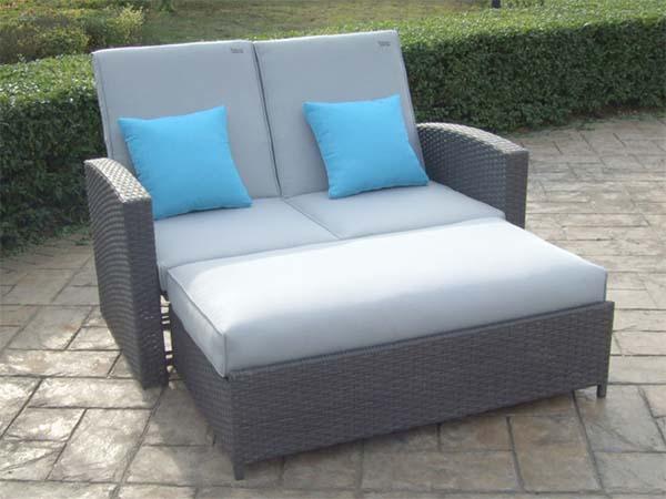sofa-cama-para-exteriores-de-carrefour