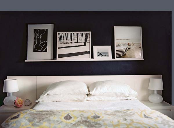 decorar-con-estanterias-sobre-la-cama