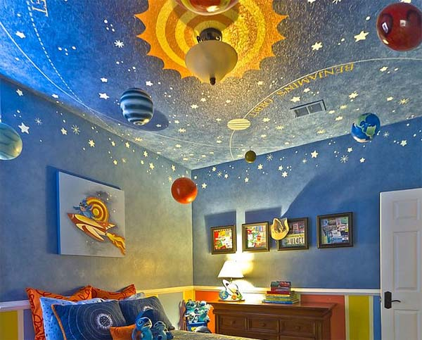 decoracion-oriiginal-techo-habitacion-infantil